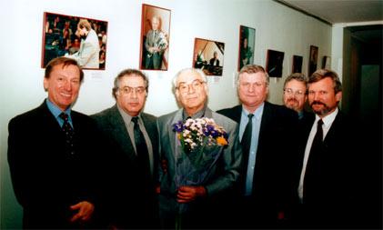 Слева направо: Д.М.Лукьянов, В.А.Докщицер, Т.А.Докшицер, В.М.Прокопов, В.Б.Кричевский, В.Р.Худолей