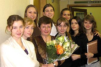 И.Г. Погибенко со студентами ГМК имени Гнесиных