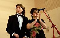 Ведущие вечера Антон Варенцов и Елена Колмакова